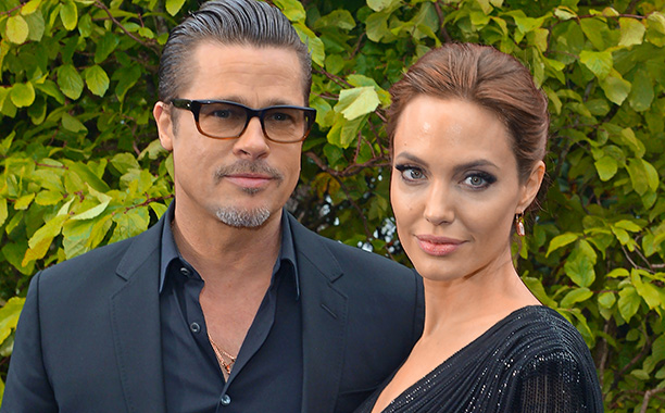 {Despite Minus 31 More States – Love Won't Let Him Wait} ANGELINA JOLIE & BRAD PITT Vowed To Never Marry Until Anyone in All 50 States Can