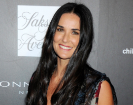 {Out & About} DEMI MOORE Looking Fresh-Faced & Flawless At DONNA KARAN Event