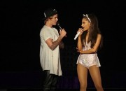 JUSTIN BIEBER Shows Up:  Pushing Up on BIG SEAN's ARIANA GRANDE In a Big Way – Live on Stage