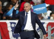His Eye Is On The Sparrow: PITBULL Sends Warning To DONALD TRUMP (In Spanish)